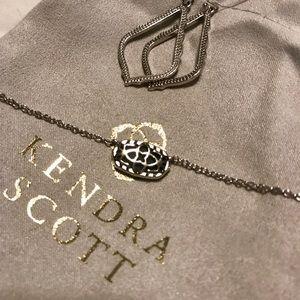 Jewelry - Kendra Scott Elisa Necklace